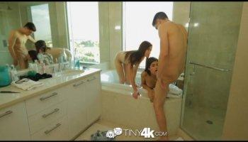 Orgy session with stunning lesbian women